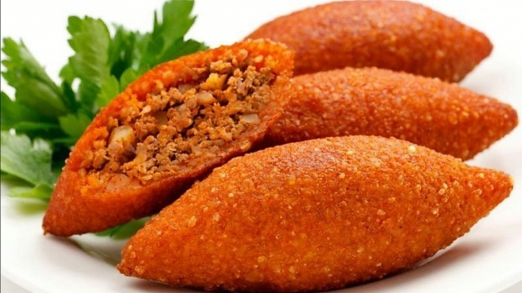 İçli köfte Ortadoğu ülkenin de milli yemeği kabul edilmektedir.